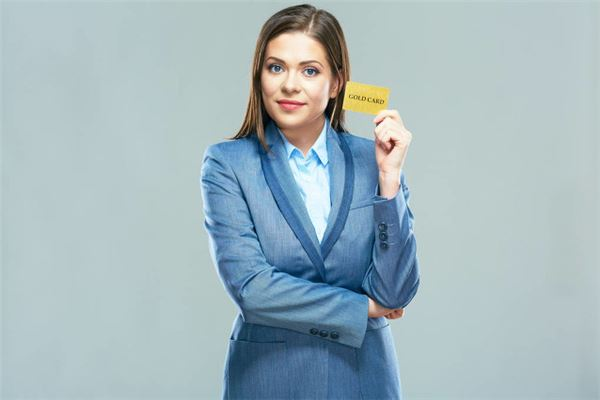 使用信用卡时这几个方面不要碰