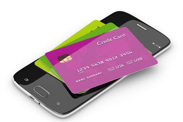 信用卡主卡逾期附属卡能用吗