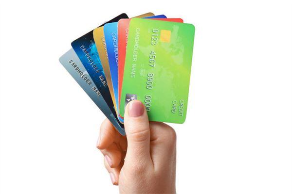 办信用卡父母信息可以乱填吗